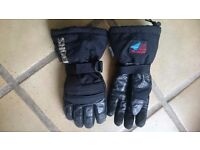 MOTORCYCLE GLOVES - Little Used - SHOEI waterproof, windproof motorcycle gloves