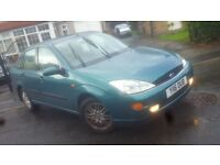 2001 FORD FOCUS GHIA PETROL SALOON CHEAP CAR DRIVES GREAT ESTATE ASTRA PART EXCHANGE WELCOME