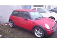 red mini hatchback 1.6 reduced for quick sale