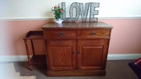 Solid wooden beautiful cabinet with optional topper/shelving unit. Excellent condition