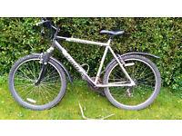Hardtail XC mountain bike Saracen Rufftrax, excellent working condition. New brakes, new mudguards.