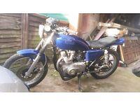 Suzuki GS425E. Rare bike