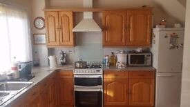 Double room in Headington for single occupancy available now for Professionals
