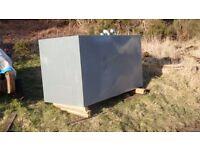 metal storage tank approx 550 gallons
