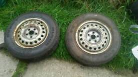 2 x 195 70 15 wheels and good tyres