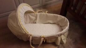 Winnie the Pooh Moses basket