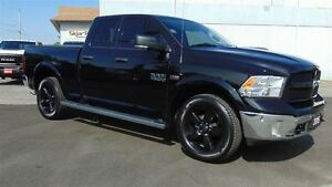 2015 Ram 1500 OUTDOORSMAN QUAD 4X4 - ONLY 28,000 KM!!!!