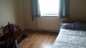 A room on Gloucester Rd, All bills included, £100 a week!