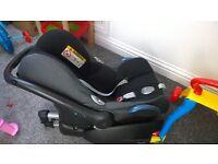 maxi cosi isofix base and car seat