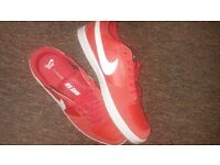 Brand new nike sb trainers Red size 11