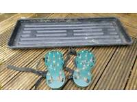 Yeoman Lawn aerator sandals + large staging tray