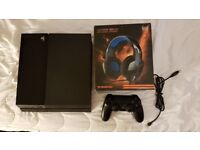 Playstation 4 500GB + Headset with controller and all cables