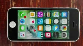 iPhone 5c 16gb unlocked white and black apple phones mobile phones.