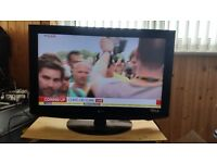 """32"""" HD Ready LCD TV hdmi freeview vga scart new remote control"""