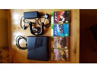 XBox 360 4GB black console with powerpack, connections and steering controller