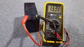 12 Volt 7 AH Battery