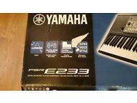 Yamaha PSR-E233 61-Key Keyboard