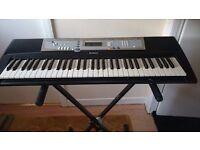 Yamaha E203 keyboard