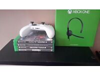 Xbox One S 500GB + Gears 4, Halo Wars 2, Skyrim Remastered,Dead Rising 4. Plus Headset.