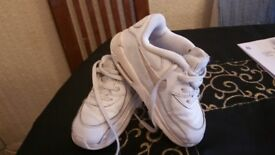 Nike toddler shoes size 7.5