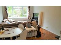 2 bedroom flat in OAK HILL CRESCENT, SURBITON