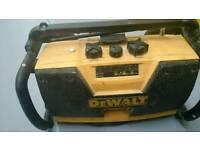 DEWALT WORK RADIO WITH BATTERY