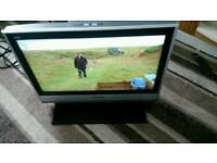 Panasonic 26 inch screen hd lcd free view tv £ 35