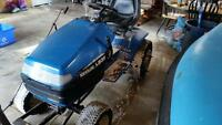 New Holland Lawn Tractor
