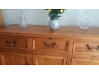 SOLID PINE SIDEBOARD - EX COND - ***REDUCED***