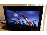 "Television 32"" LG 32LK456C with stand and remote in excellent condition"