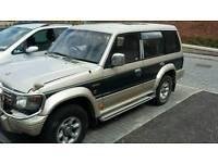Mitsibushi shogun exceed 2.5 diesel auto