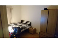 Awesome Student Room, Double Bed, tidy housemates! - Needs gone ASAP.