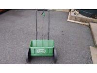 Scott's Drop Spreader - lawn fertiliser / seed