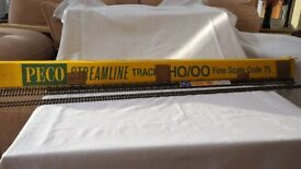 "Peco code 75 Finescale ""00"" Wooden sleeper track"