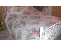 quilted bed throw shabby chic roses reversible green pink cream double kingsize