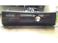 Fabulous condition x-box 360S + Controllers + Games