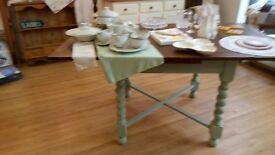 Barley twist leg dining table £60