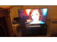 Selling 42 inch Samsung Smart TV