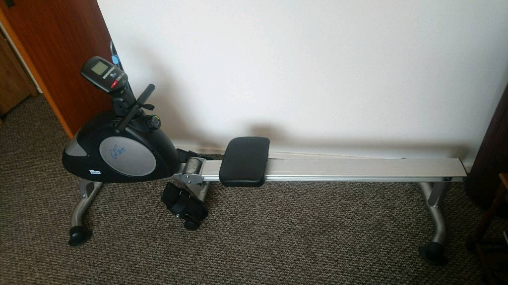 Carl Lewis magnetic rowing machine - local delivery!