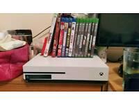 Xbox one s 1tb white basically brand new