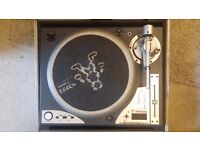 2 x Vestax PDX d3s turntables - Technics 1200/1210 alternative