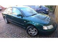 VW Passat 1.8 20V Sport 1999 (Green)