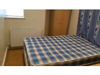 One bedroom Flat-next to Leeds University-LS2 9LN
