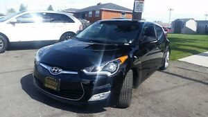 2015 Hyundai Veloster Base-$70/Wk-Bluetooth-Alum-USB/AUX/CD/MP3- London Ontario image 4