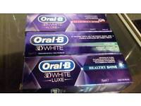 Oral-B 3D LUXE TOOTHPASTE.