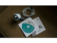 LOGITECH Quickcam pc video camera for Skype with CD and booklet