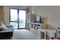Beautiful Modern 2 Bed, 2 Bath With Balcony, Roof Terrace, Furnished Short Walk To Station & Shops