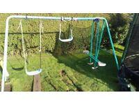 Swings free to uplift