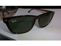 NEW GENUINE RAY BAN WAYFARER ITALY TORTOISE SHELL SUNGLASSES WITH CASE CLOTH AND PAPERS SIZE 55MM