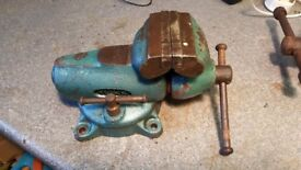 York Swivelling Bench Vice with 80mm Jaws